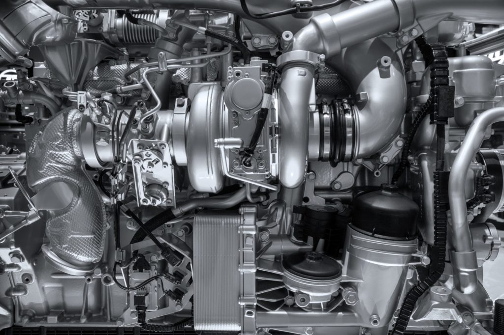 side view of an engine